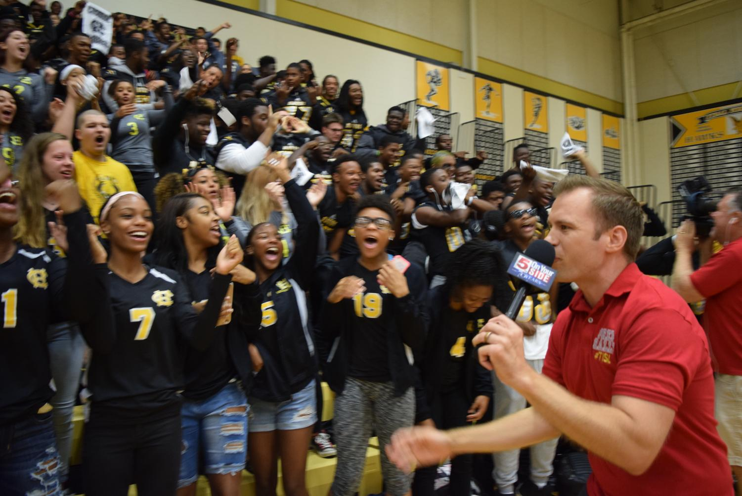 KSDK's Ryan Dean gets the crowd fired up early in the morning at the Fall 2017 Pep Rally that was featured on Channel 5's morning show.